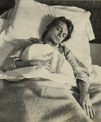 Claude à l'hôpital .