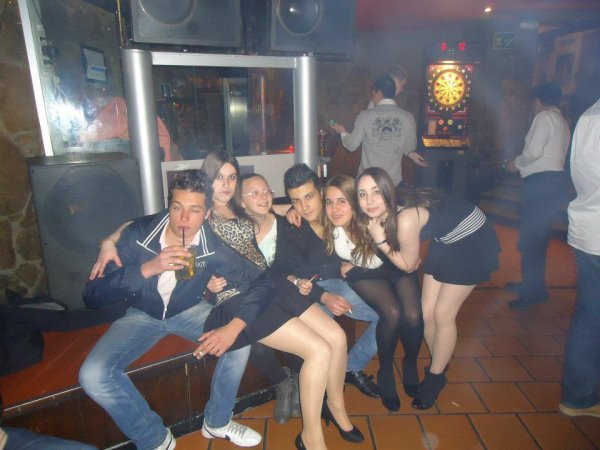 Sergio, Yo, Tania, Edgar, Vane e Iria