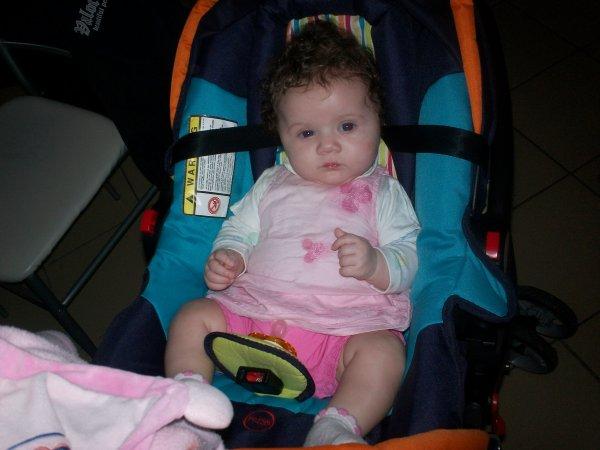 encore ma fille  a 4 mois