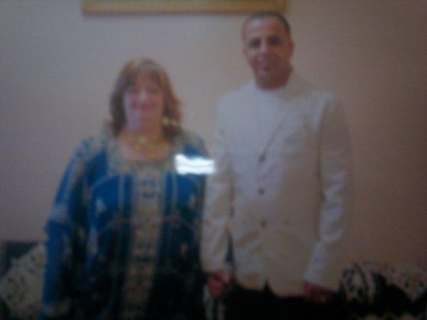 mon homme et moi le plut beau jour de notre mariage le 28 décembre 2010