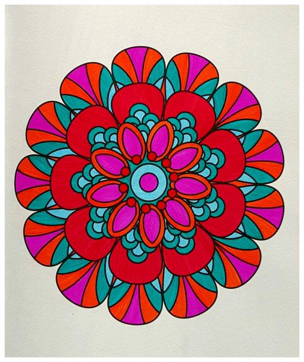 Mandala. Coloriage Ticia