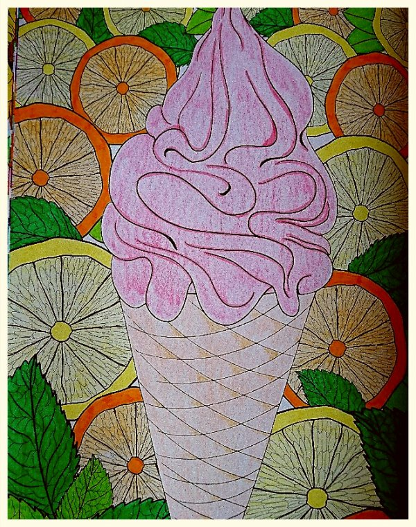 Été 100 coloriages anti stress.  Coloriage de Lauryne