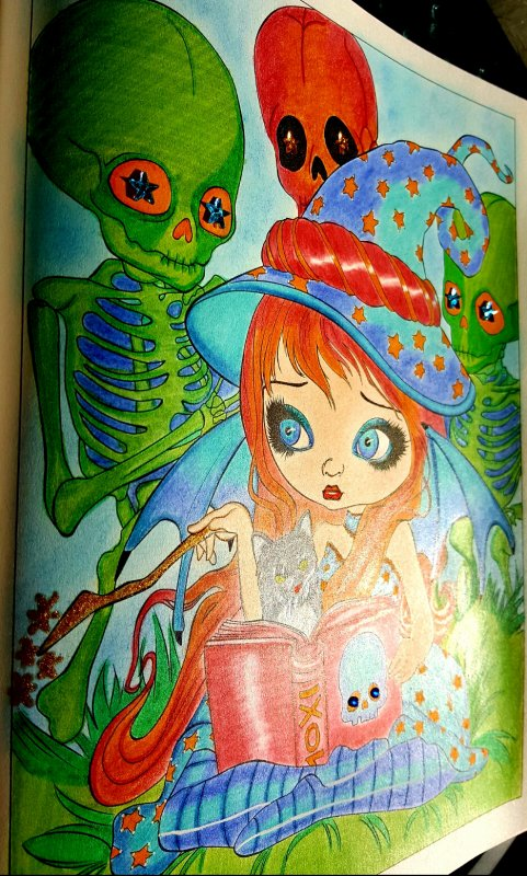 A fantasy art adventure de Jasmine Becket - Griffith. Skeleton Magic