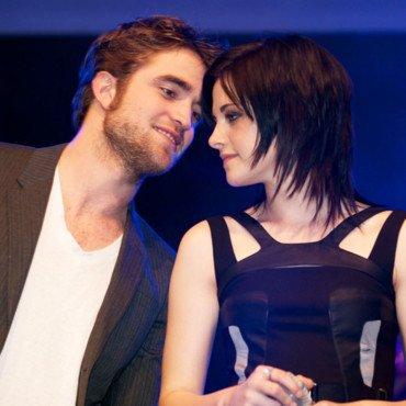 Kristen Stewart et Robert Pattinson : ils sont à Paris !