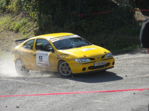 LABURE Alain & CARON Aurore MEGANE F2000 14