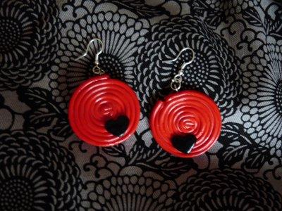 Boucles d'Oreilles Réglisse Rouge