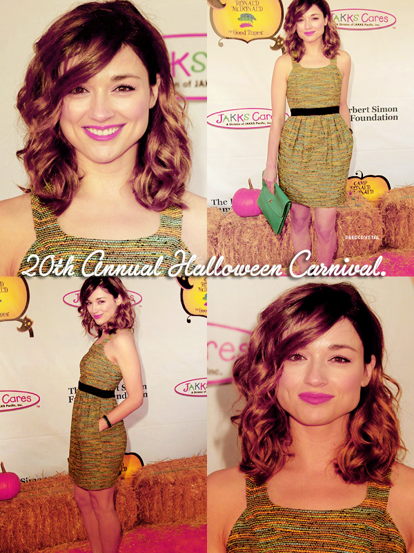 21/10/12 - Your one and only source about Crystal Reed