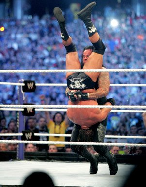 Photogallery: The Undertaker vs. Triple H - No Holds Barred Match 2