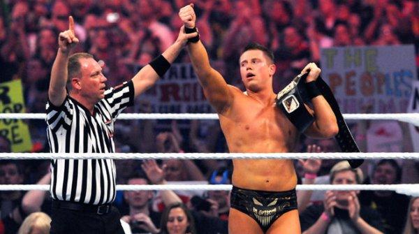 Le Champion de la WWE The Miz a battu John Cena