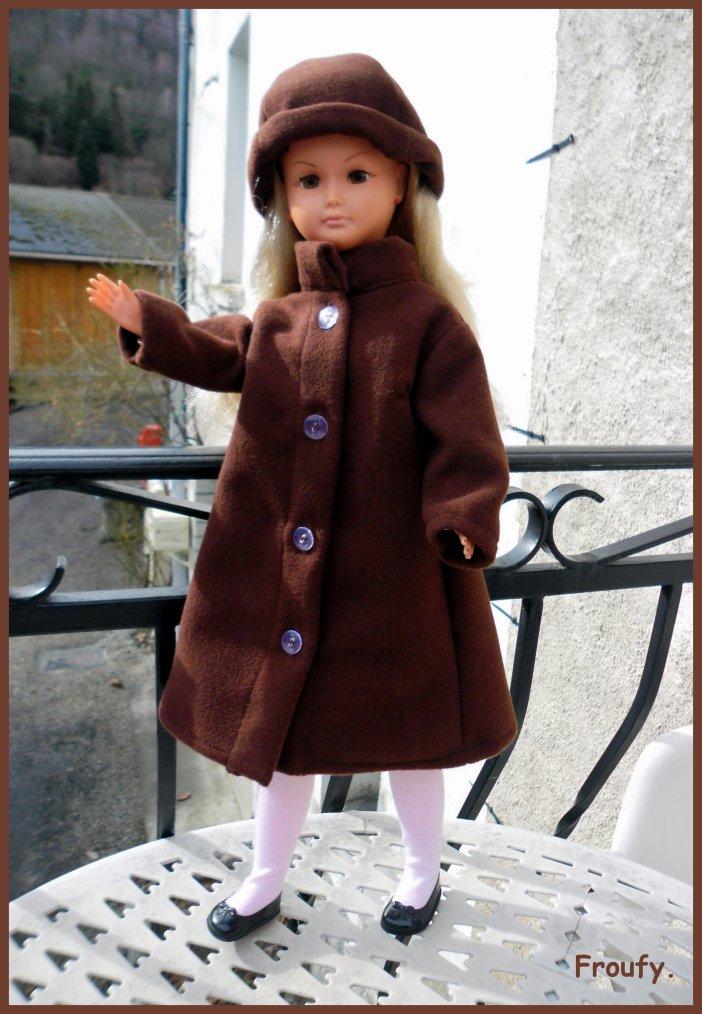 Dolly et son nouveau manteau !