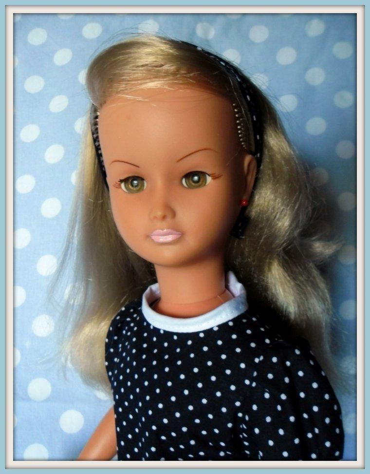 Dolly vous souhaite une bonne soirée !!!