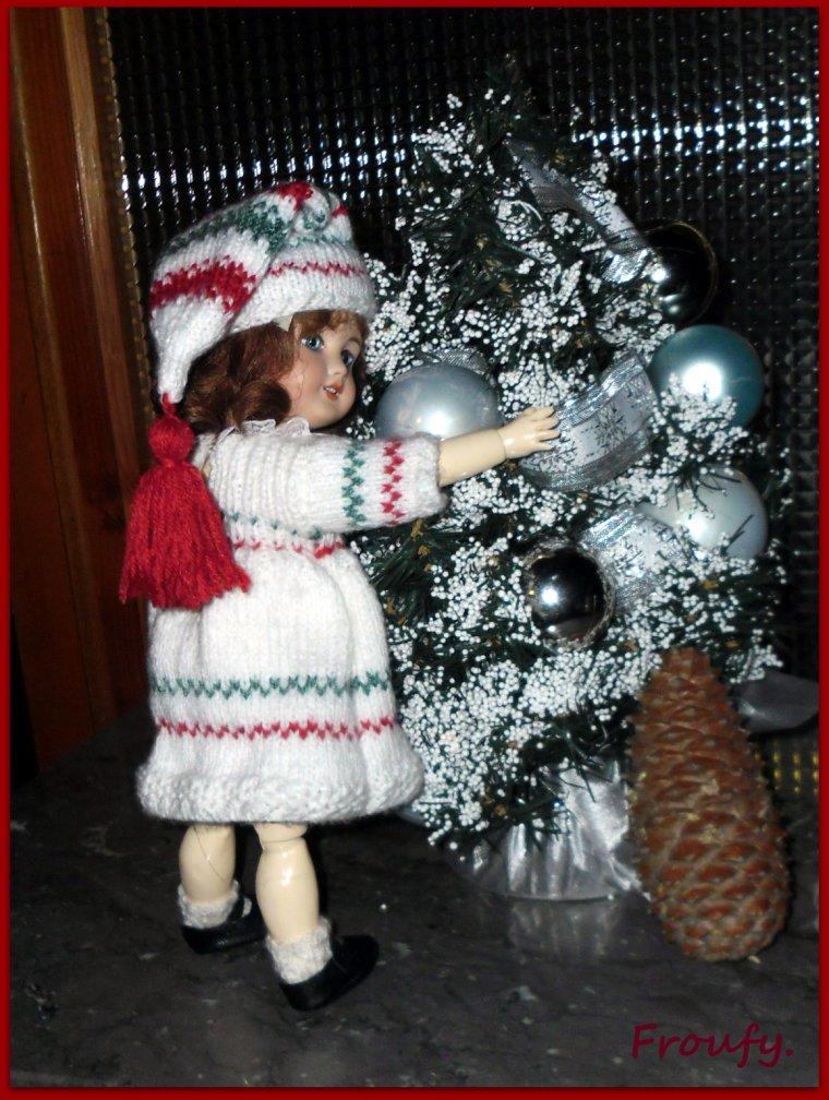 Bleuette attends  (déjà) Noël !!!!!