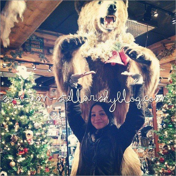 . Stella, toujours en Alaska nous fait partager ses photos via INSTAGRAM. .
