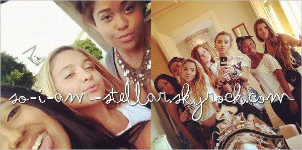 . Stella avec ses amis  .