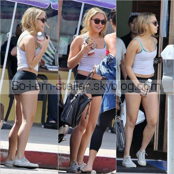 . 21.09.12 : Stella de sortie avec Gina & Vanessa  .