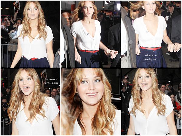 21 MARS Jennifer a été photographiée arrivant sur les plateaux de Good Morning Americ pour la promo de HG.