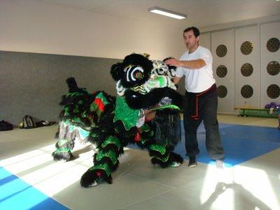 Formation de La dance de Lion (Les Griffes du Tigre)