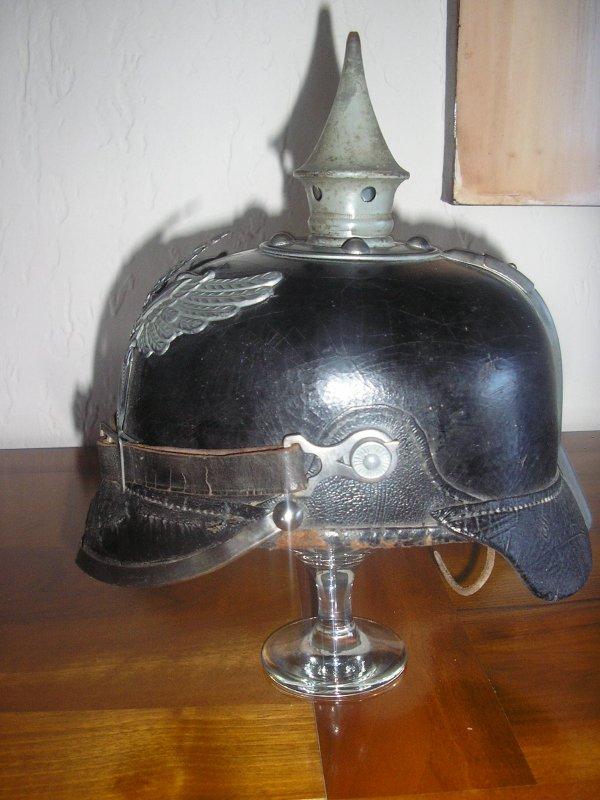 CASQUE A POINTE BADOIS MOD 1915