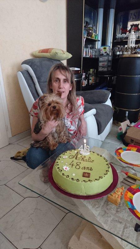 Le gâteau d'Anniversaire pour Maman un ambassadeur j'ai eu droit à une petite part