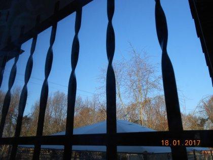00457 - Et si l'on parlait de bleu ciel