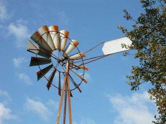 00986 - La micro éolienne