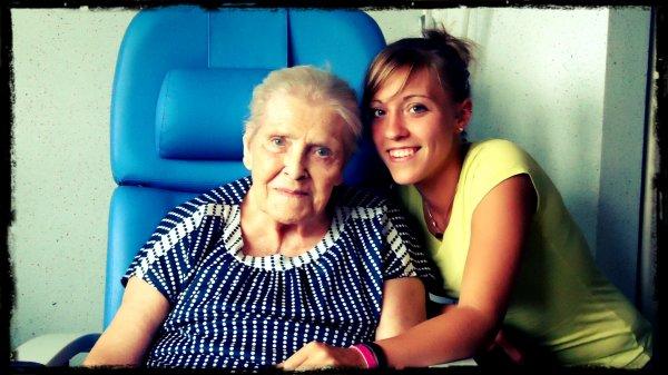 << Mon arrière grand-mère♥♥ >>