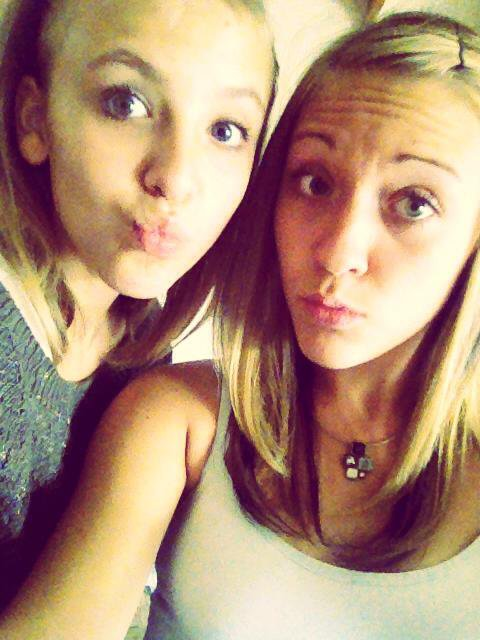 << Meilleures amies un jour,meilleures amies toujours!♥♥ >>