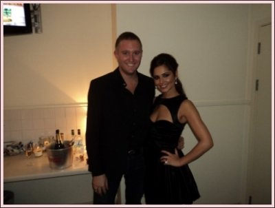 Biographie    ..      Girls Aloud   ..       Newsletter     ..     Fight for this love    ..       Parachute  ..     3 Words  ..       Heartbreaker     ..      23 OCTOBRE 2010:  CHERYL AT X FACTOR STUDIO
