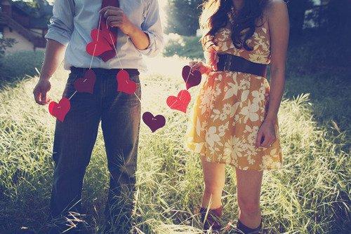Aimer une personne, c'est la sentir tout autour de vous même lorsqu'elle est Absente. ‹3