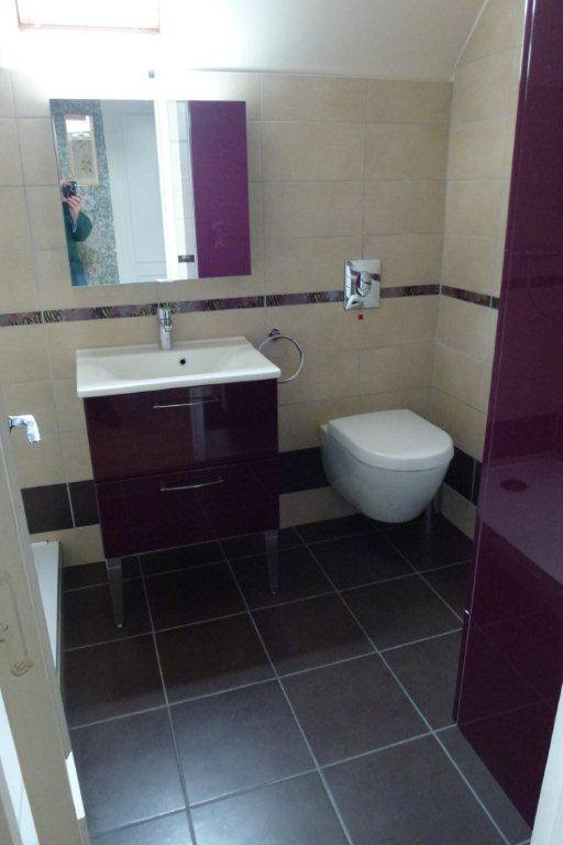 meuble salle de bain couleur cassis