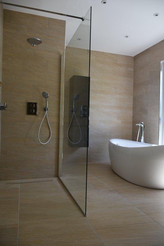 Salle de bain design 2016, pureté et qualité. - Ent Galzin ...