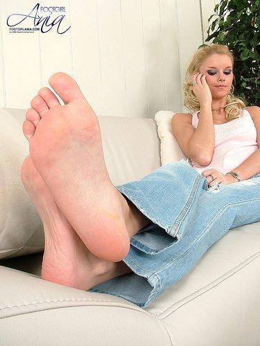 Lécher le pied sale