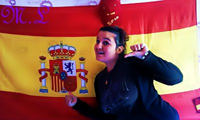 L'Espagne , Un Pays , Le Mien ! Je suis Tellement Fiere D'avoir Ces Couleurs Le Rouge & Le Jaune Encrées Dans Mon Coeur ,  Plus Que Des Origines  , Plus Qu'une Fiertée : Un HONNEUR !