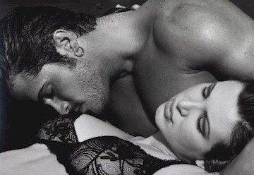 Mon destin est d'être avec toi pour te servir éveiller sur tes jours et tes nuits, ma vie est en toi où que tu ailles quoi que tu fasses
