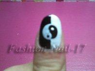 Nail-Art   -->   Yin et Yang