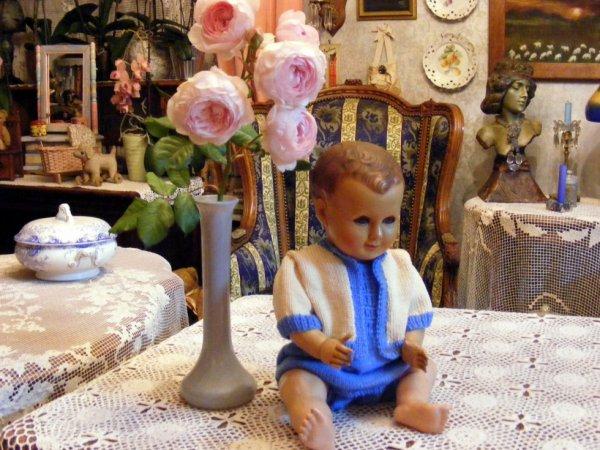 Un petit coucou de mon Romeo il vous montre sa petite laine que je viens de terminer+++