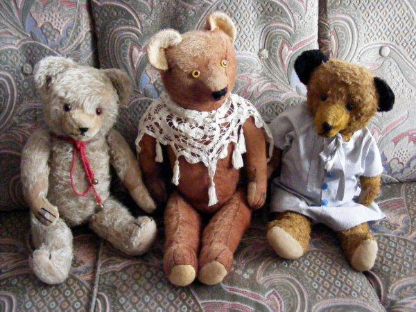 Mes ours vous souhaites une agréable journée à vous tous+++++