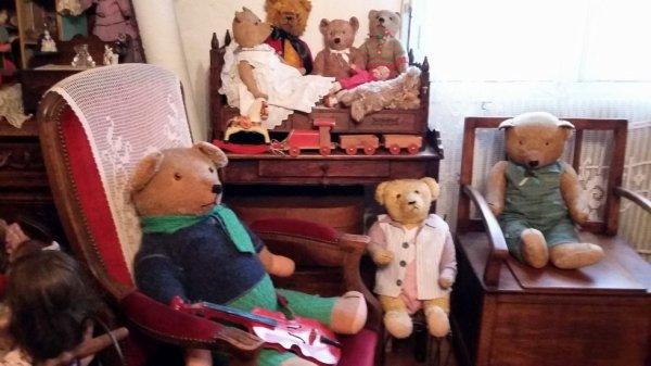 Bon début de semaine avec mes ours à vous tous+++++