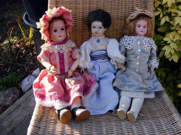 Mes poupées vous souhaites une belle journée à vous tous+++++