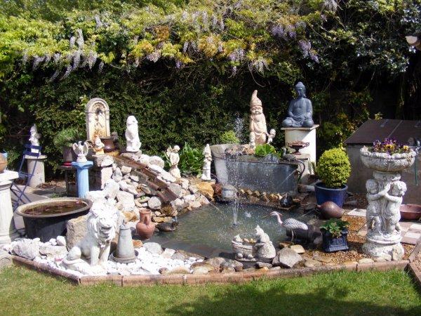 Notre petit coin du jardin 1 mai 2017 belle journée à vous tous+++