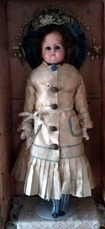 Ancienne poupée Louisette né vers 1865 yeux mobile jolies bottes moulées et peintes+++