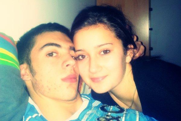 Normalement on s'aime et on s'oublie , quand on aime chez moi c'est pour la vie ♥
