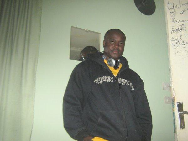 mardi 15 décembre 2009 23:06