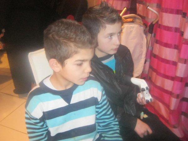 moi et mon cousin marco kan on joue le jeux