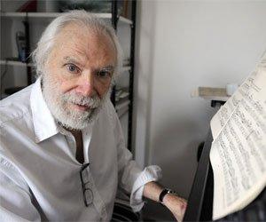 L'inoubliable chanteur du «Métèque», est décédé à Nice dans la nuit de mercredi à jeudi. Il avait 79 ans.
