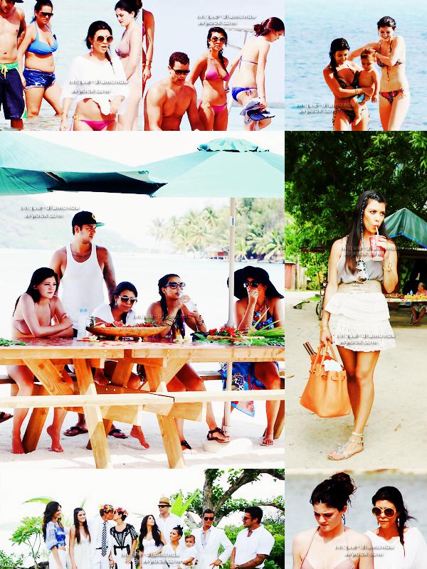 De nouvelles photos (datant du mois d'Avril) des Kardashian/Jenner lors de leurs  vacances a Bora Bora sont apparues.