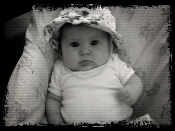 notre fille layna <3