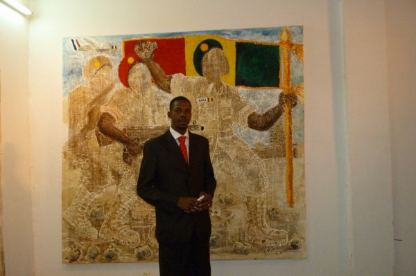 TALL Amadou au Vernissage Guerre au Mali