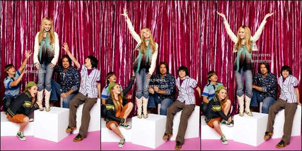 -  HANNAH MONTANA_Découvrez de nouveaux photoshoot de la saison 1 avec Miley & le Cast  -