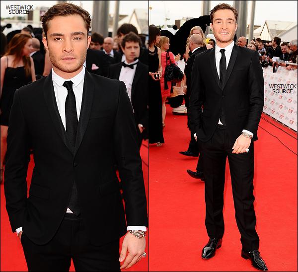 """APPARITION Le 11 mai, Ed était au """"2011 National Movie Awards"""", à Londres."""
